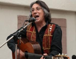 Der chilenische Sänger Patricio Padilla